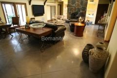 Bomanite Custom Concrete Polishing Systems with VitraFlor