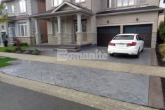 The 2017 Silver Award for Best Bomanite Imprint Project under 12,000 SF was awarded to our colleague Bomanite Toronto for their attention to detail and skillful installation of the Bomacron Yorkshire Stone imprint pattern to create an eye-catching design that beautifully enhances the driveway and front patio.