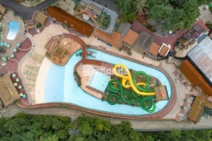 Harrington Bomanite used the Bomanite Imprint Systems at Canobie Lake Park to create a durable stamped concrete decking around the new water feature in Castaway Island, using multiple Bomacron patterns to form a meandering brook and add beautiful aesthetic appeal to the hardscape.